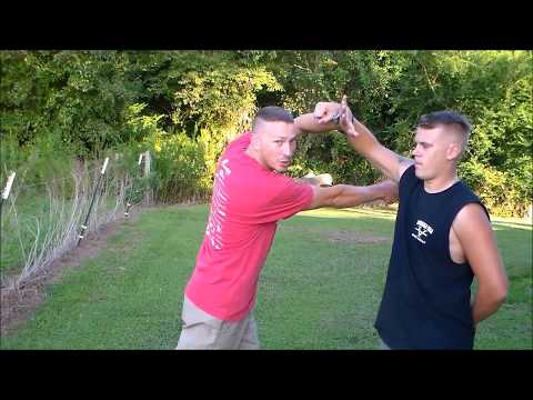 Knife Fighting   The Pocket Knife 1st move