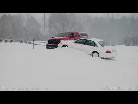 Lots Of Accidents In The Winter Storm Travel Nightmare On I-40, Hazen, AR - 2/17/2021