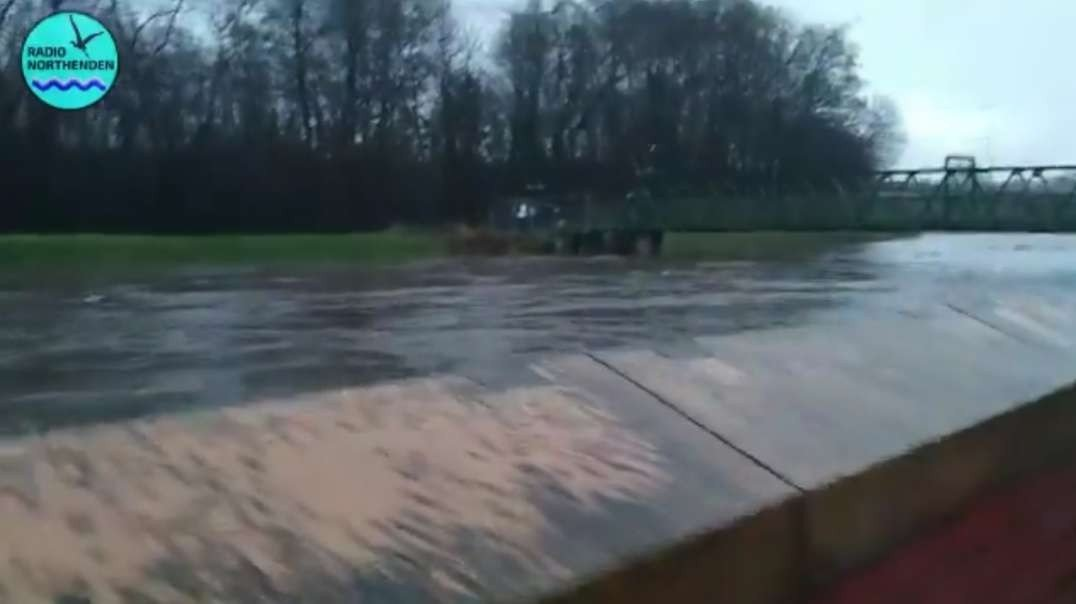 UK – Storm Christoph Floods Prompt Evacuations – FloodList.mp4